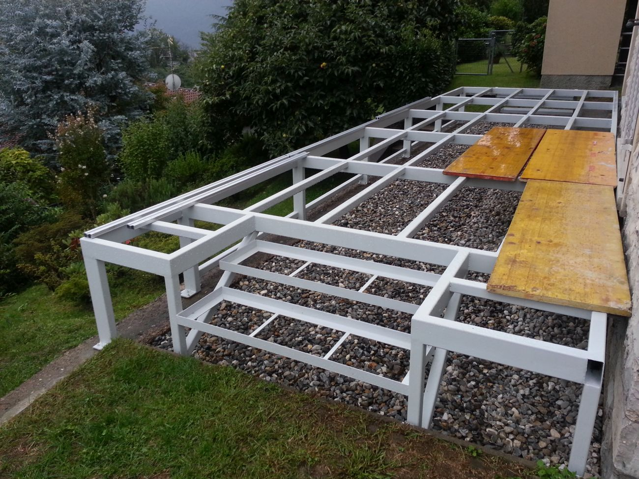 Parquet per terrazzi soriano pavimenti in legno - Pavimento in legno per giardino ...