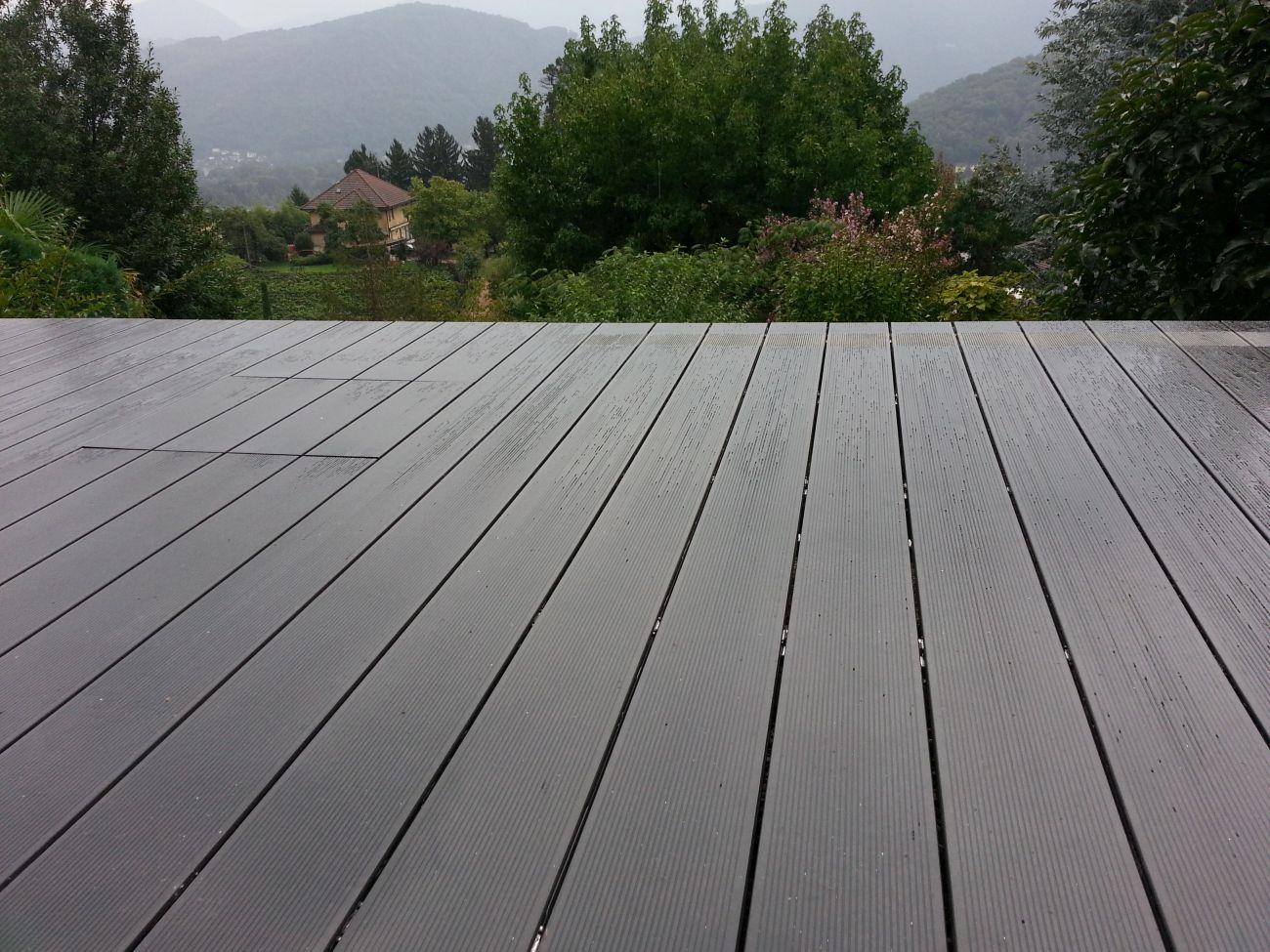Parquet per terrazzi soriano pavimenti in legno for Pavimento legno esterno ikea