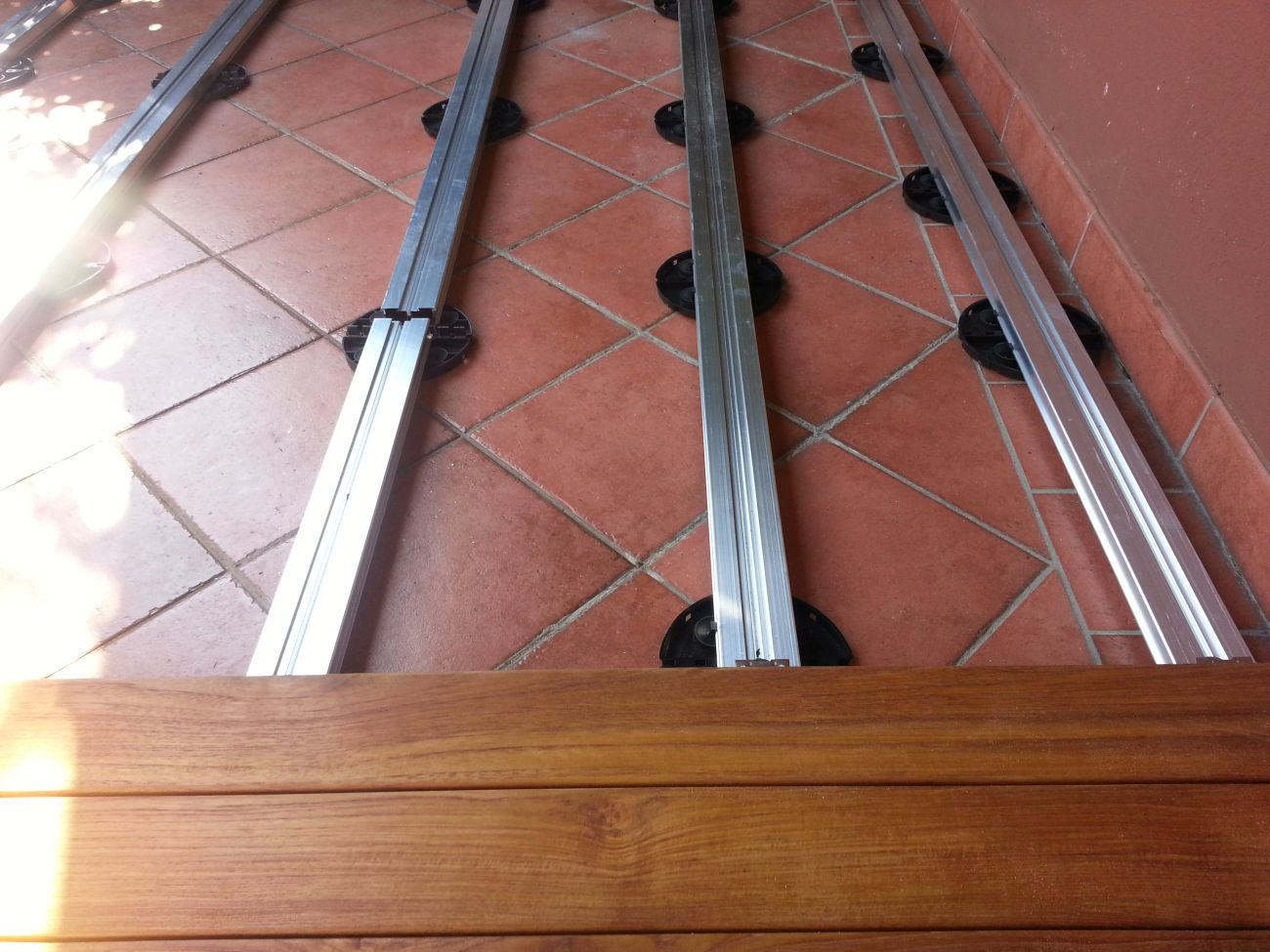 Parquet per esterni soriano pavimenti in legno for Posa parquet ikea